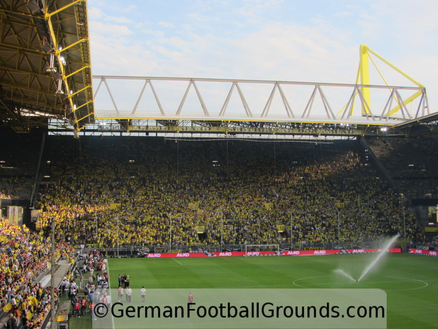 signal iduna park borussia dortmund german football grounds. Black Bedroom Furniture Sets. Home Design Ideas
